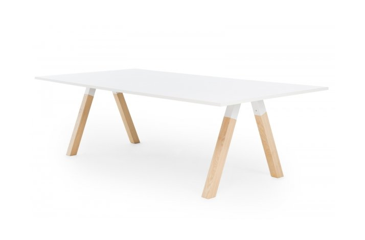 IKRA TABLE WOOD