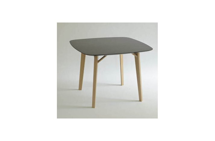 TIRA TABLE